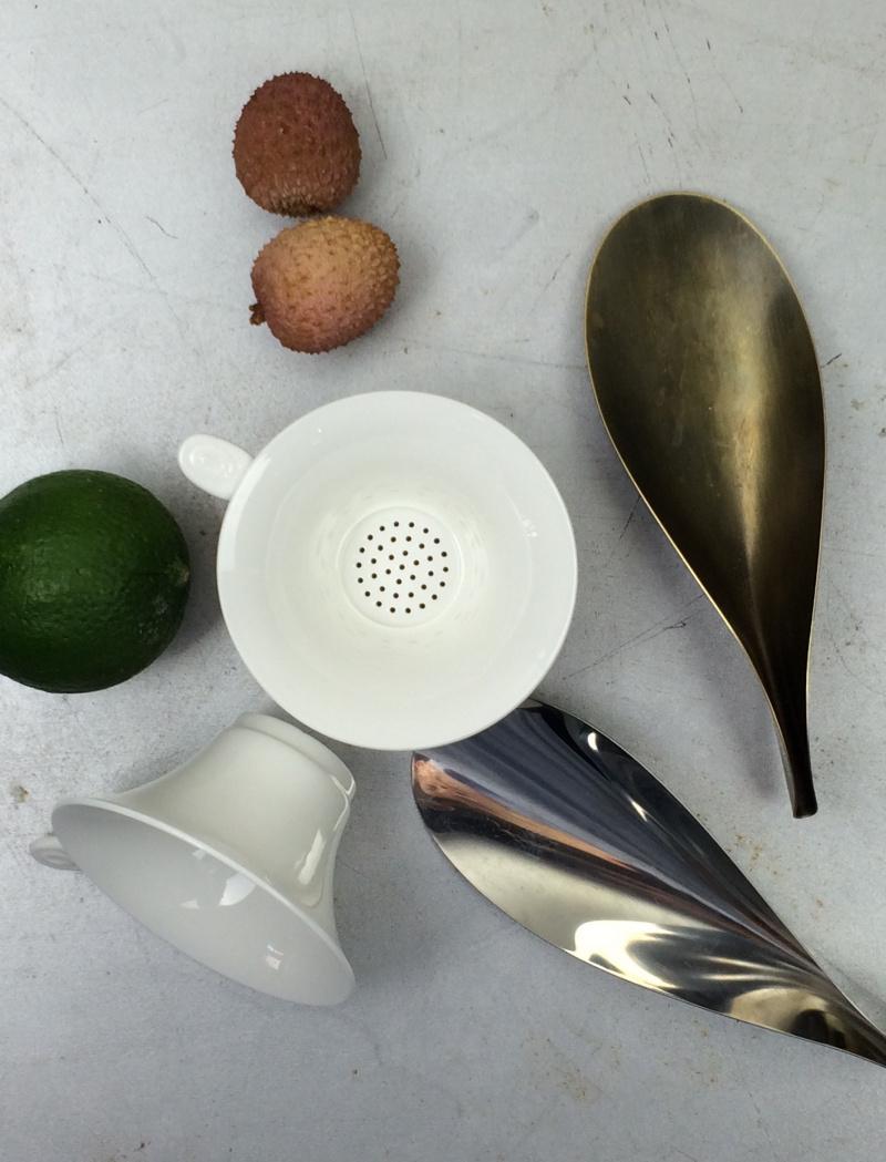 Tea szűrő – fehér kerámia