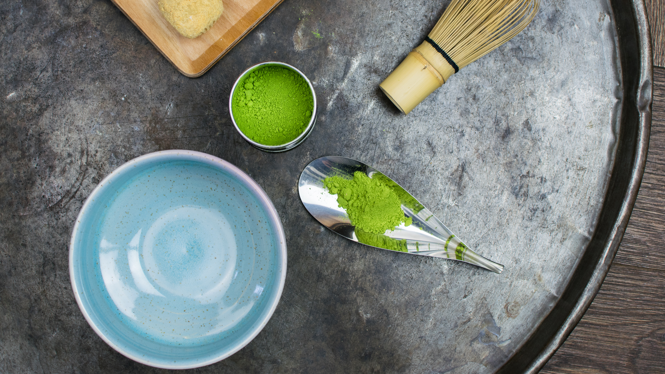 Matcha – 抹茶 – the finely ground green tea leaves and how to make it