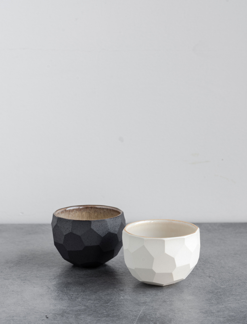 Kezemura Goro teáscsésze