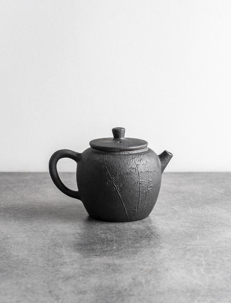 Stoneware graphite teapot